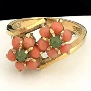 Vintage Cocktail Ring Simulated Jade & Coral 8E